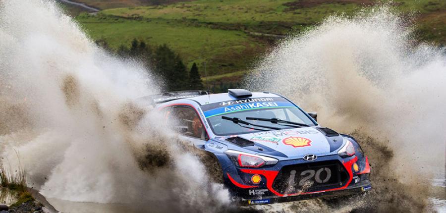 Video: Thierry Neuville del equipo Hyundai líder en el WRC