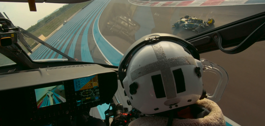 VIdeo: Impresionante carrera entre un Renault F1 vs ACH160 Helicopter