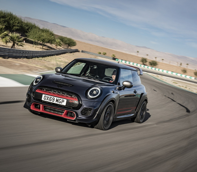 VIDEO BMW carros: MINI John Cooper Works GP
