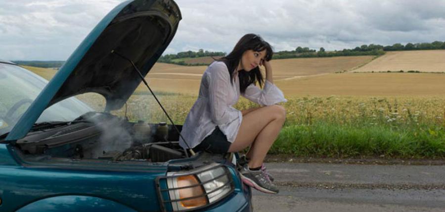 En esta temporada de calor te dejamos 3 tips que te ayudan a cuidar tu auto