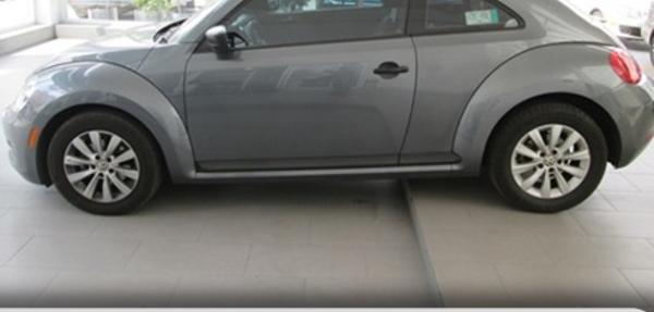 Volkswagen Beetle Interior 8