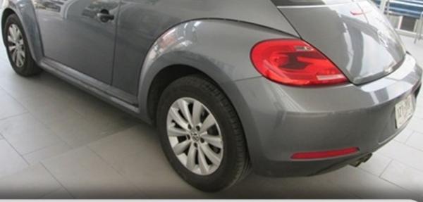 Volkswagen Beetle Interior 6