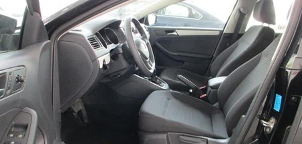 Volkswagen Jetta Asientos 7