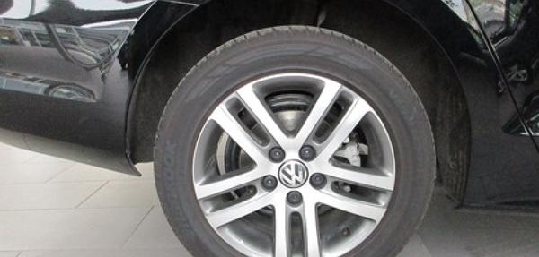 Volkswagen Jetta Lateral derecho 3