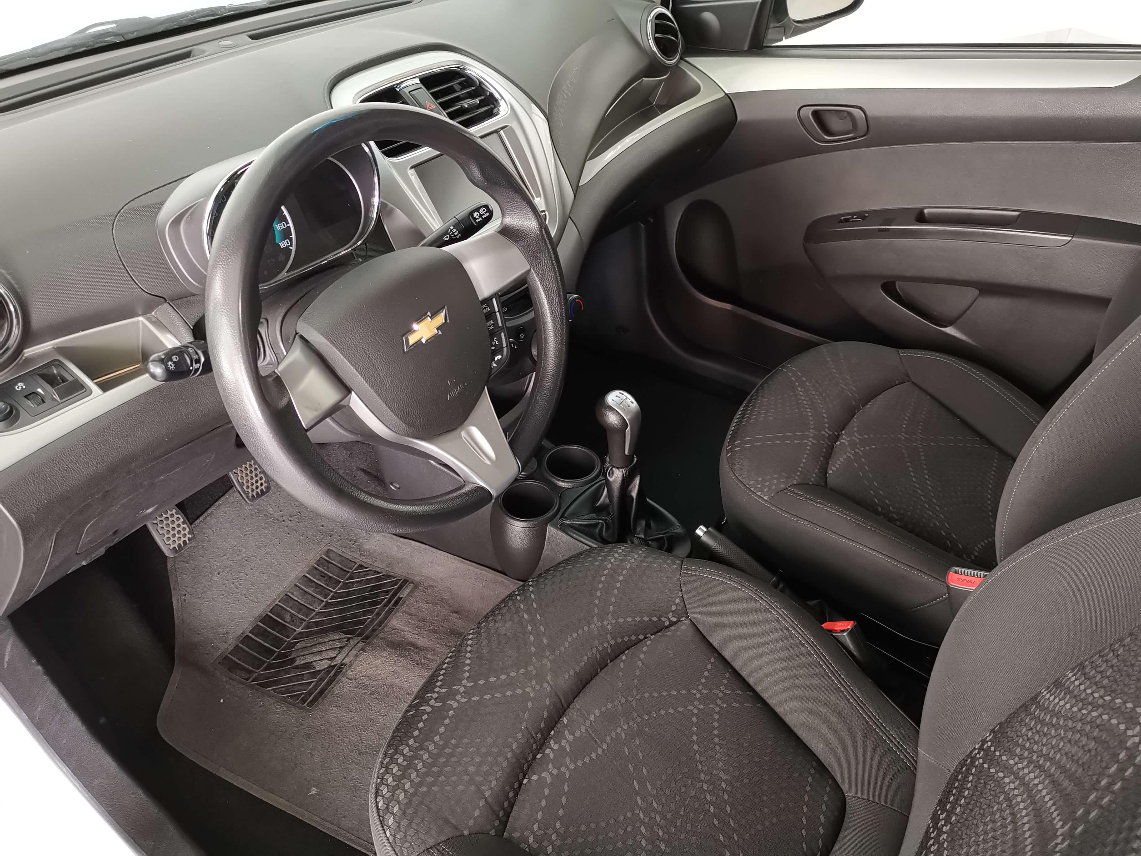 Chevrolet Beat Arriba 14