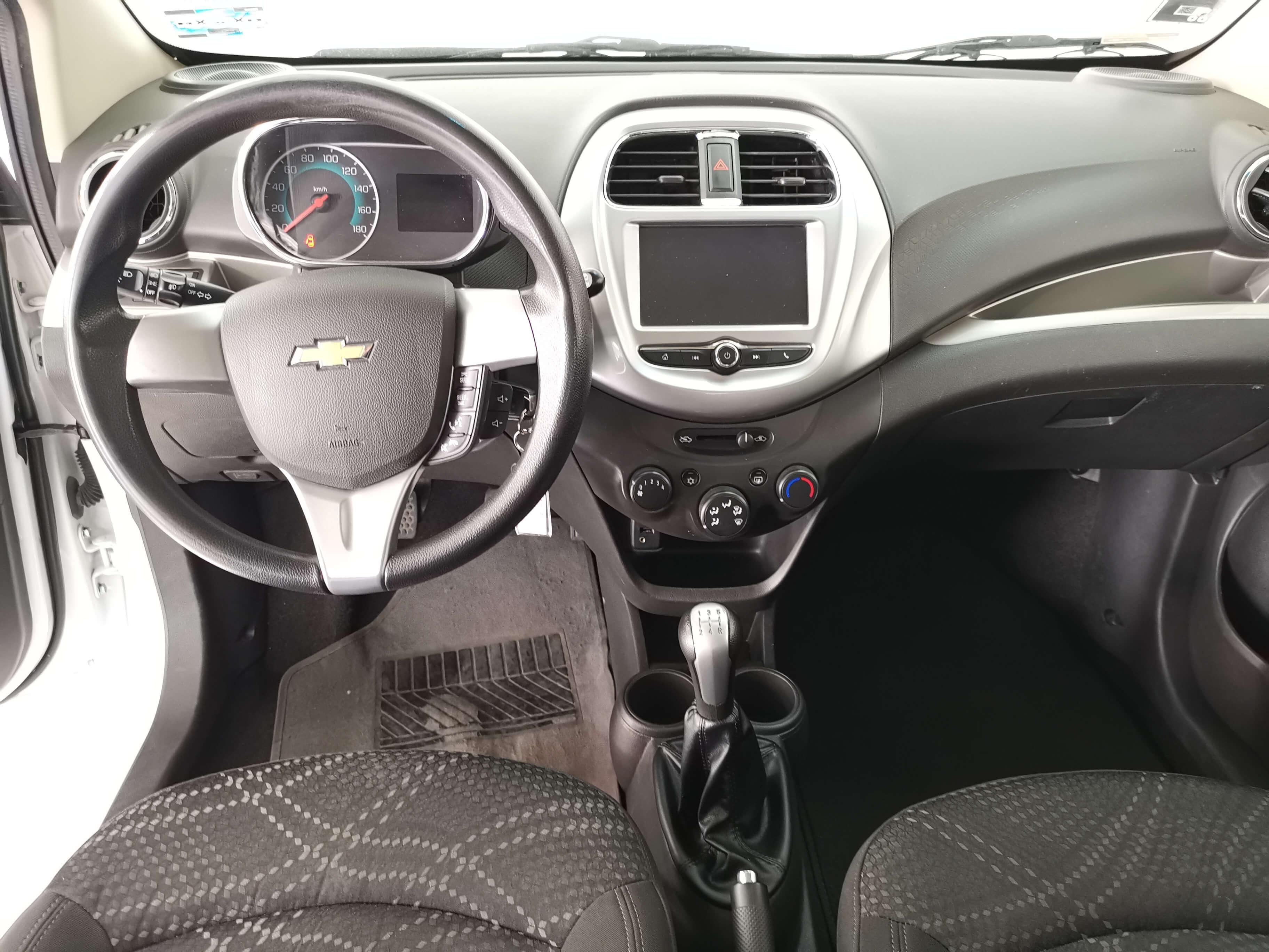 Chevrolet Beat Interior 18