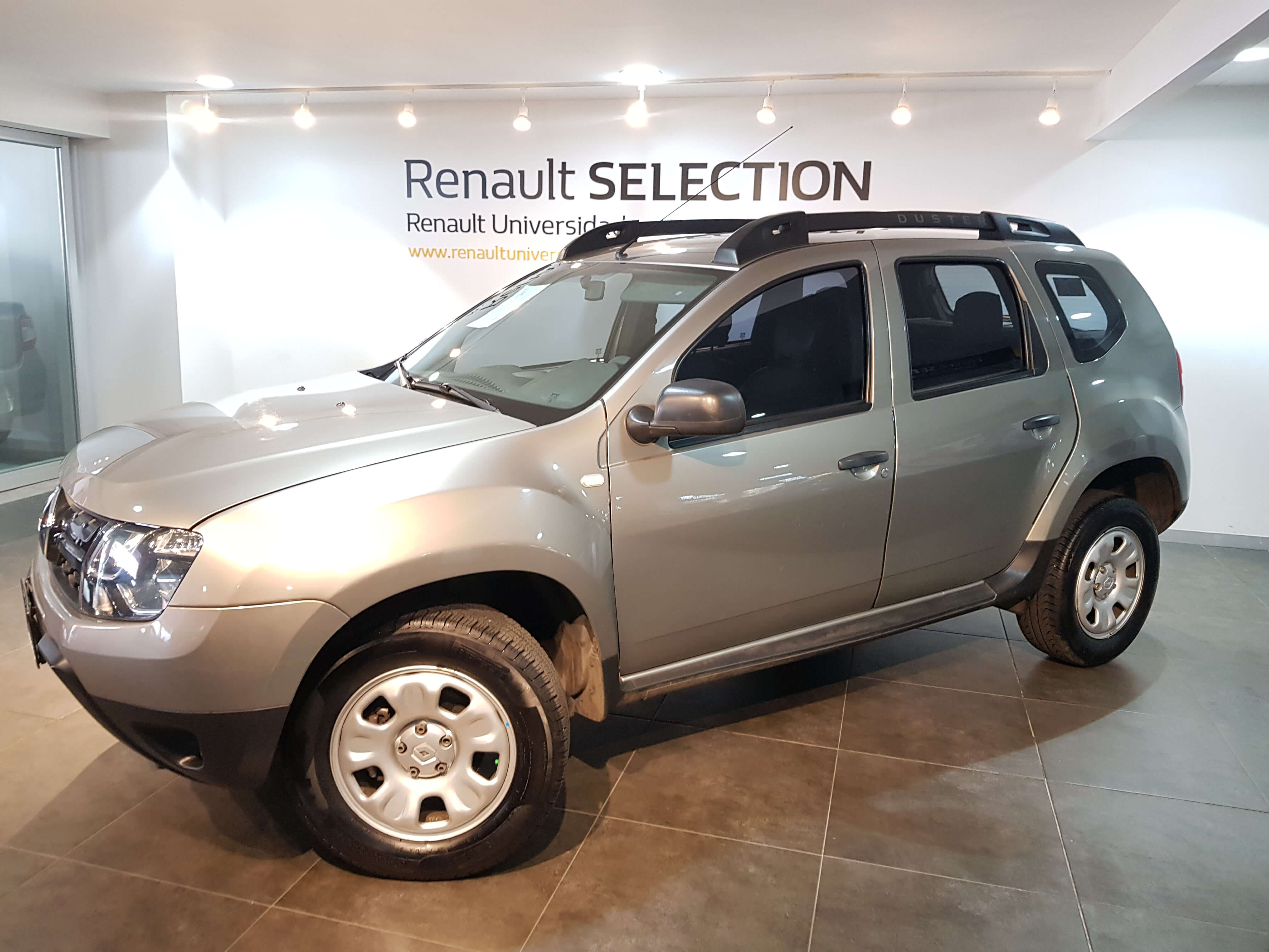 Renault Duster Lateral derecho 7