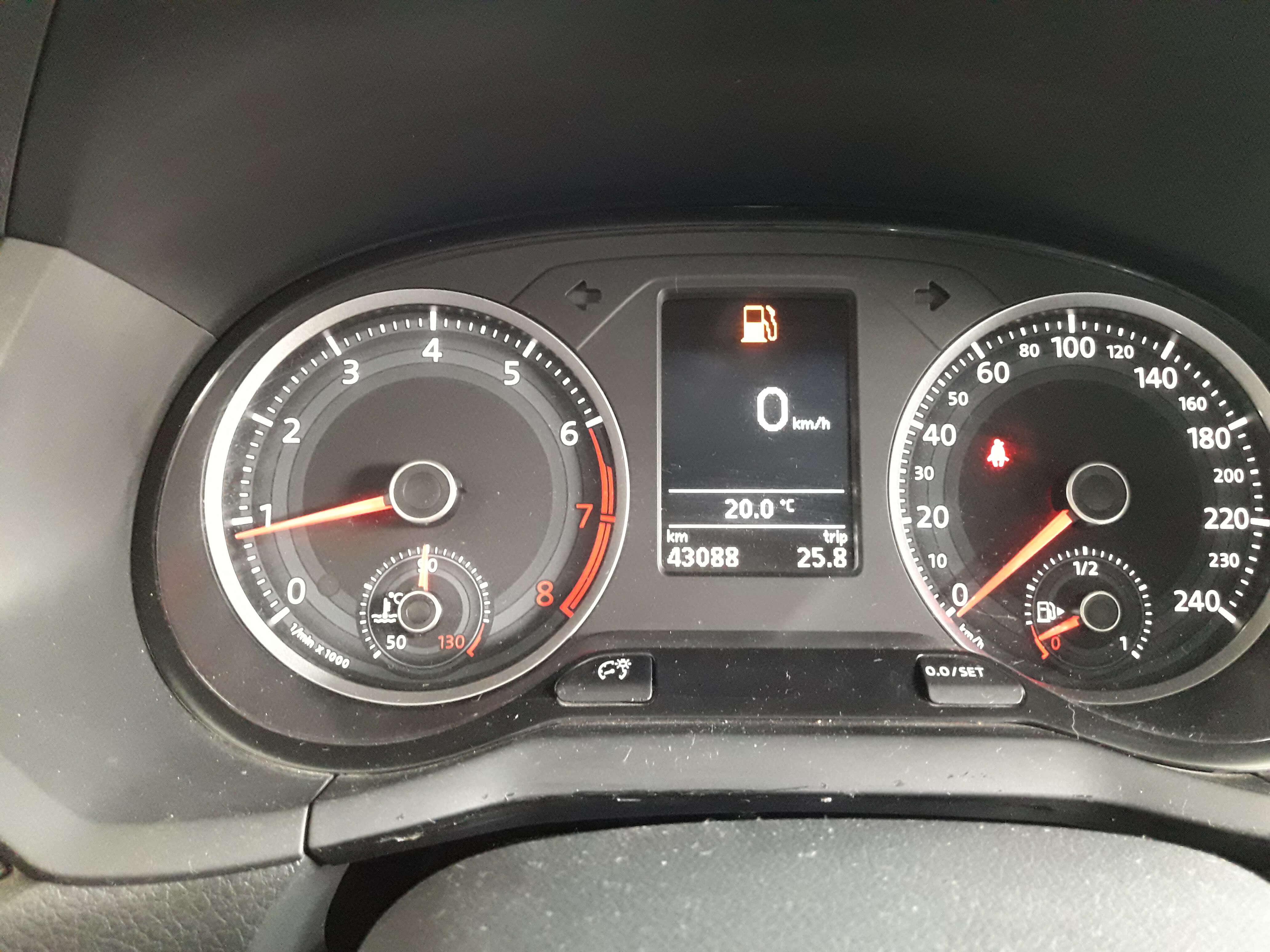 Volkswagen Gol Atrás 20