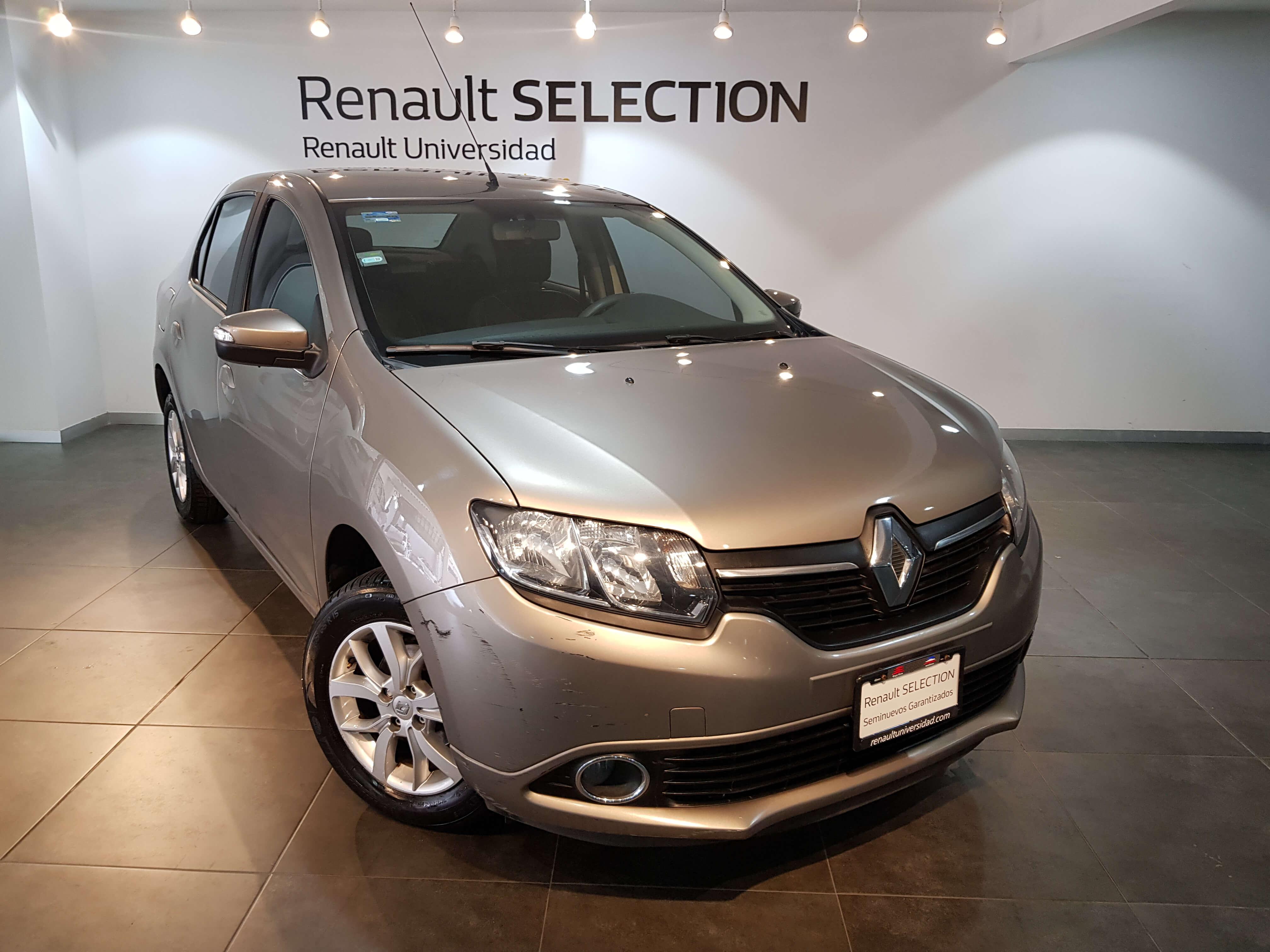 Renault Logan Dynamique TA - GocarCredit