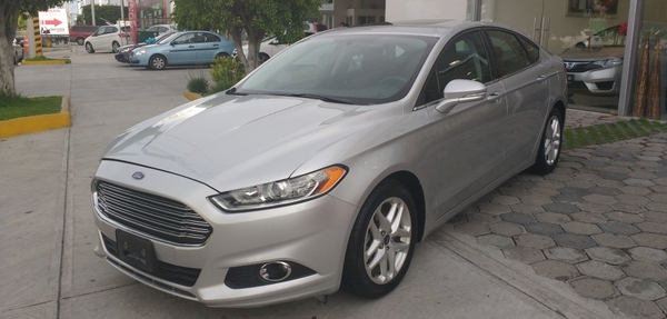 Ford Fusion Asientos 14
