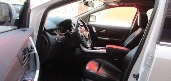 Ford Edge Atrás 5