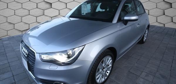 Audi A1 Interior 5