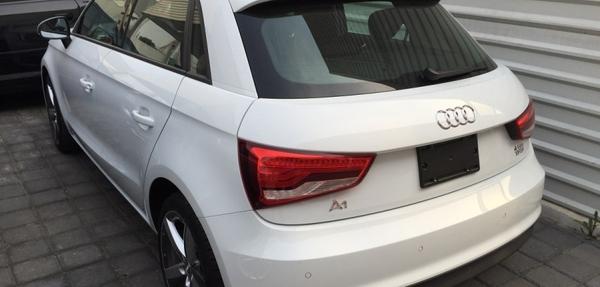 Audi A1 Arriba 5