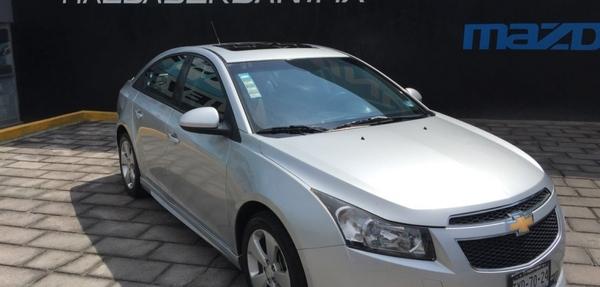 Chevrolet Cruze Asientos 10