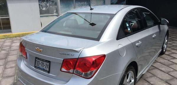 Chevrolet Cruze Interior 5