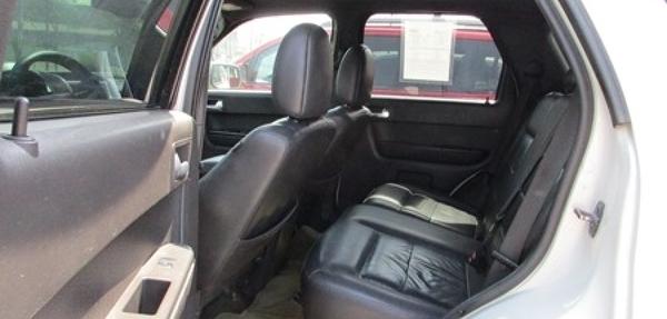 Ford Escape Lateral derecho 6