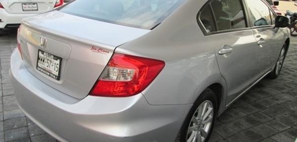 Honda Civic Lateral derecho 10