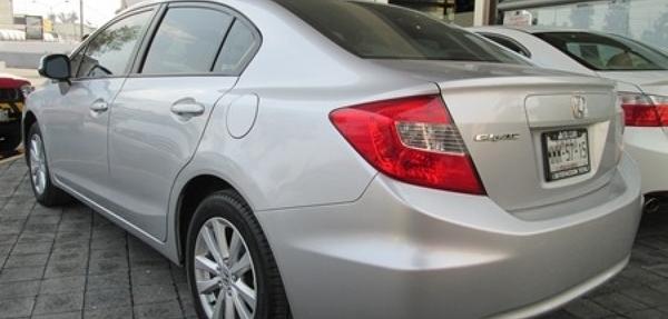 Honda Civic Interior 9