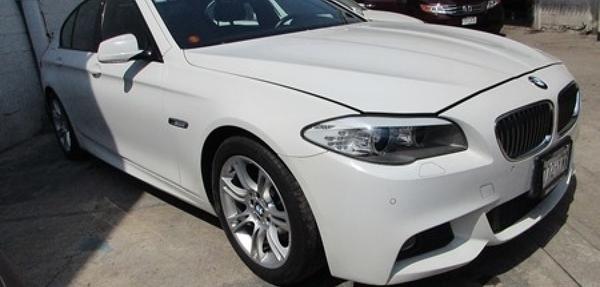 BMW Serie 5 Atrás 12