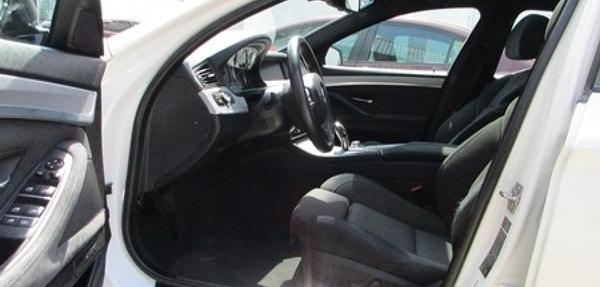 BMW Serie 5 Atrás 9