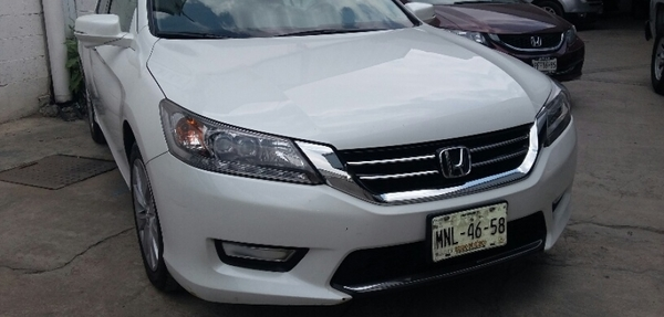 Honda Accord Lateral izquierdo 8