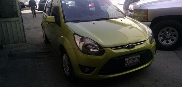 Ford Ikon Asientos 12