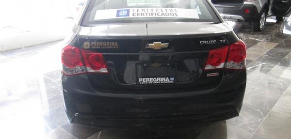 Chevrolet Cruze Lateral derecho 7