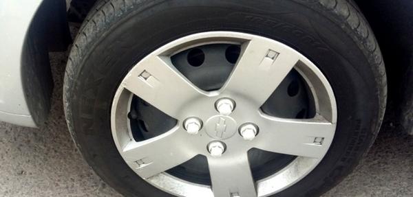 Chevrolet Aveo Arriba 6