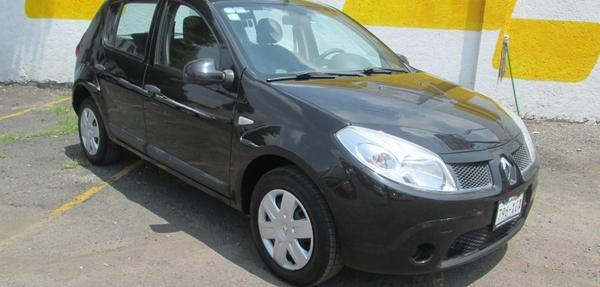 Renault Sandero Interior 2