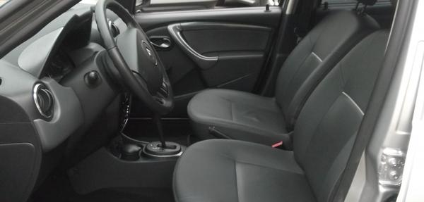 Renault Duster Interior 4
