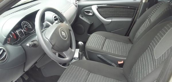 Renault Sandero Arriba 4