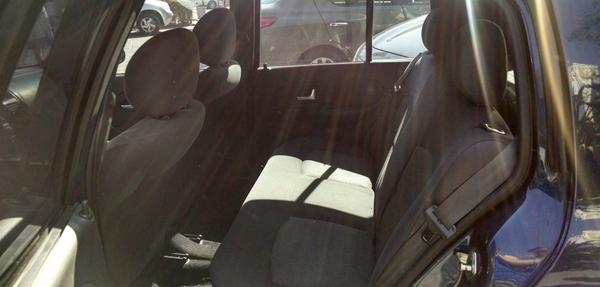 Renault Clio Frente 7