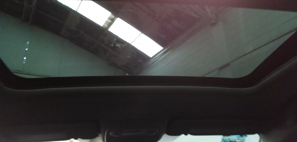 Renault Fluence Lateral izquierdo 6