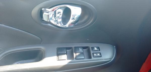 Nissan Versa Frente 8