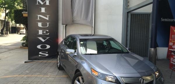 Acura TL Lateral derecho 12