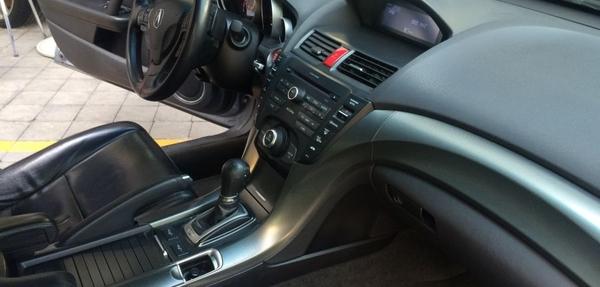 Acura TL Lateral izquierdo 3