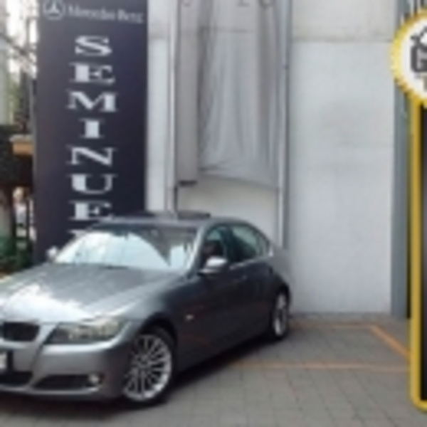 BMW Serie 3 325iA Premium 2010