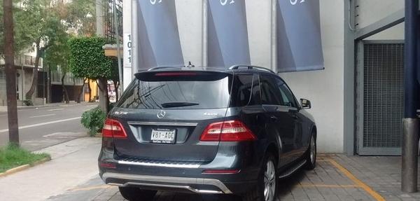 Mercedes Benz Clase M Arriba 11