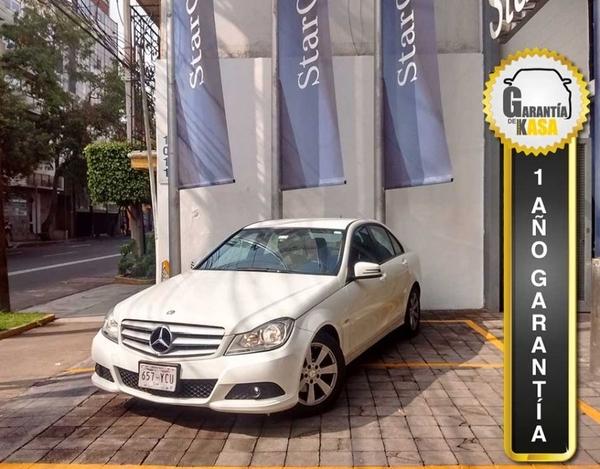 Mercedes Benz Clase C Atrás 14