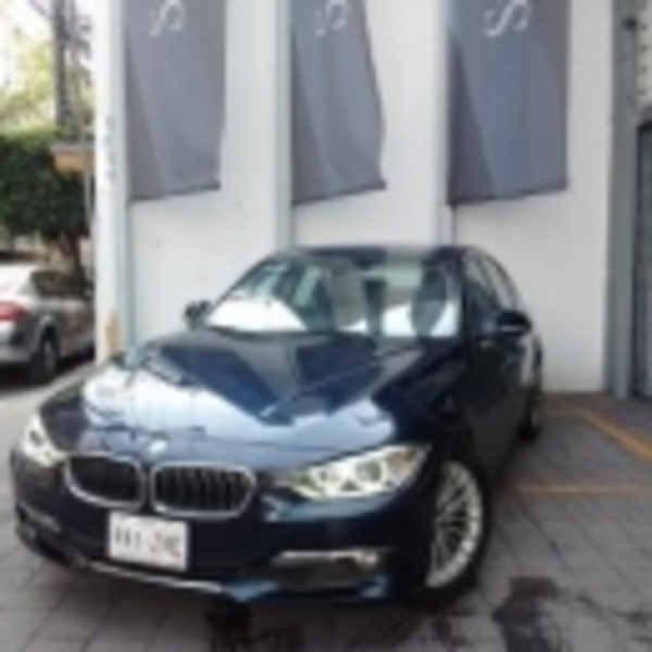 BMW Serie 3 320iA Luxury Line 2015