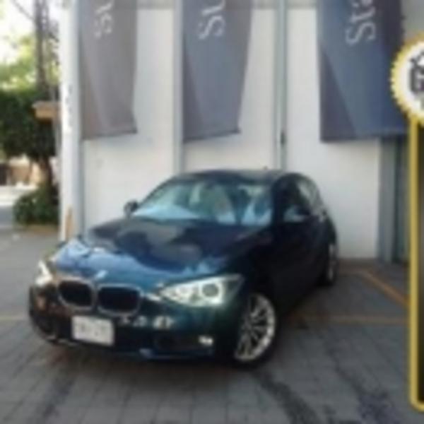 BMW Serie 1 5P 118iA 2013