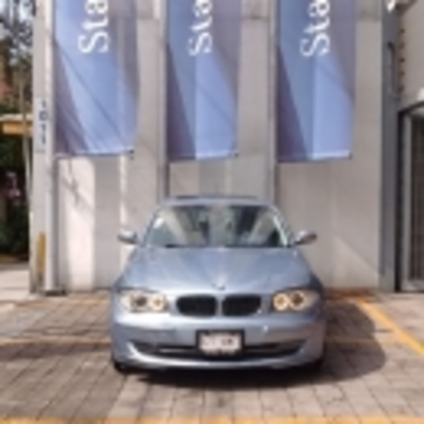 BMW Serie 1 Lateral derecho 1