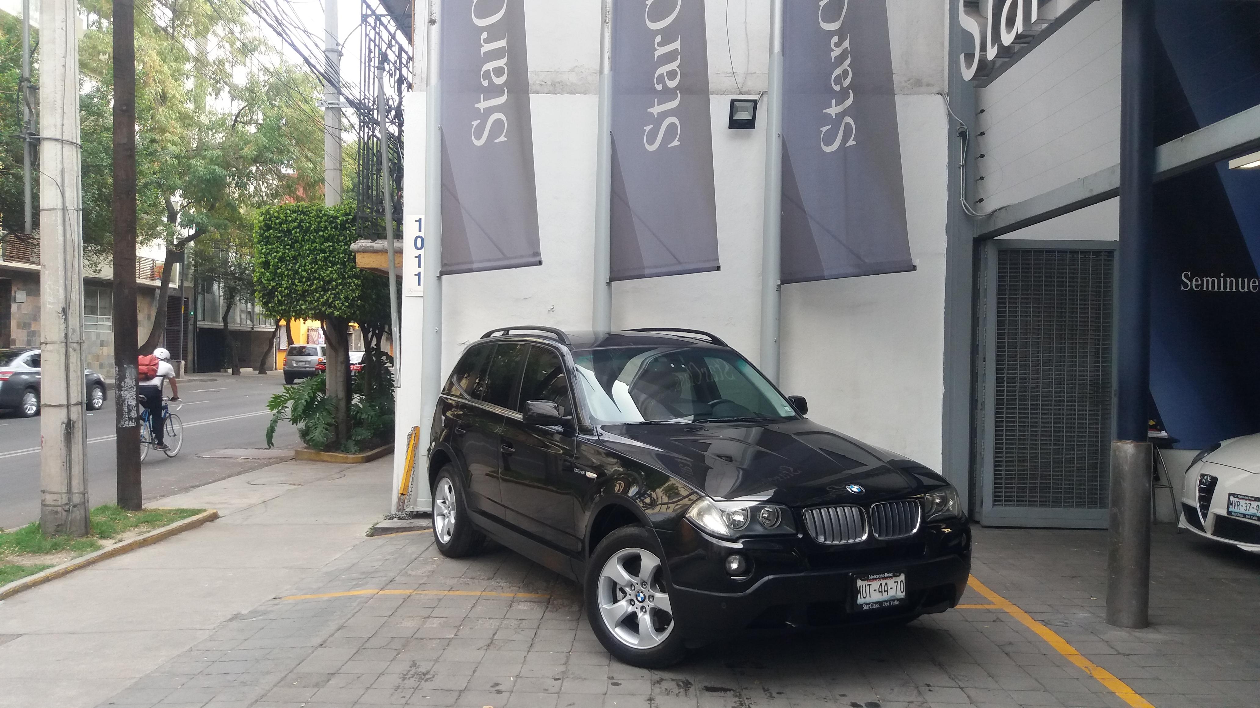 BMW X3 Atrás 6