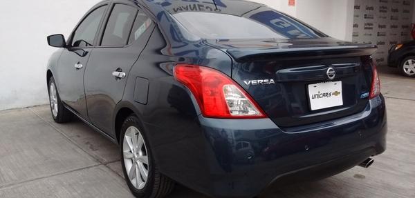 Nissan Versa Arriba 7