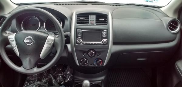 Nissan Versa Interior 5