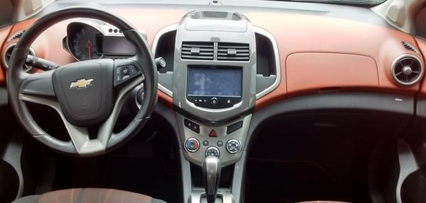 Chevrolet Sonic Frente 3