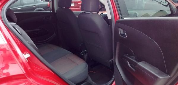 Chevrolet Sonic Tablero 2
