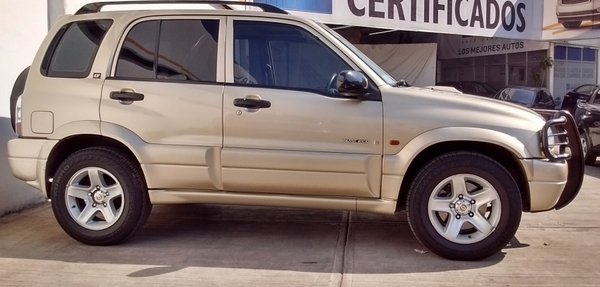Chevrolet Tracker Lateral derecho 8