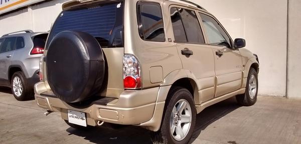 Chevrolet Tracker Asientos 16