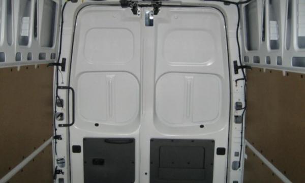 Nissan NV 2500 Tablero 4